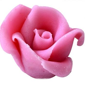 ROSE  EN PATE D AMANDE